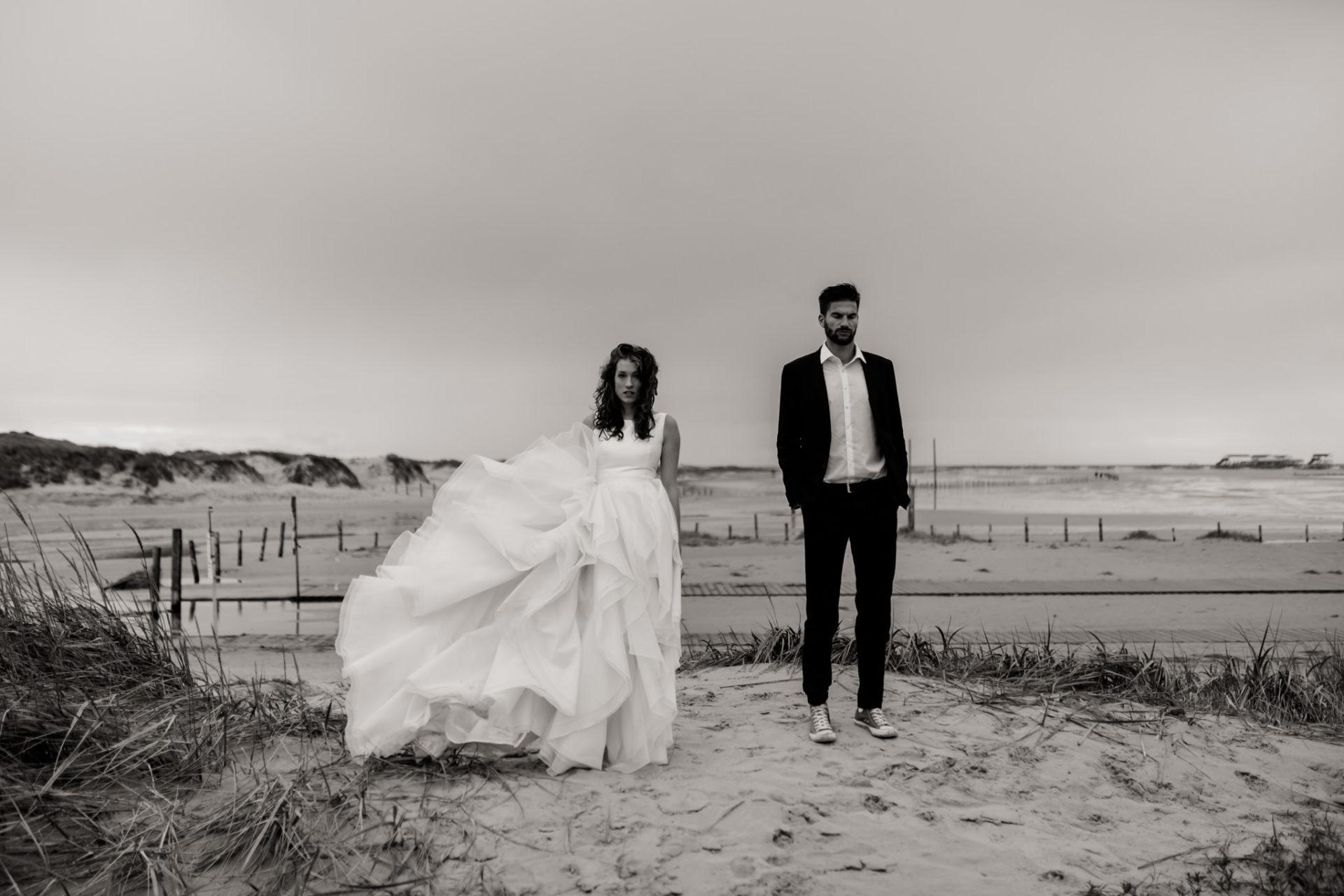 Hochzeitsfotografie Hamburg Brautkleid Inspiration Fotoshoot Braut Strand Meer Elfenkleid Hochzeit