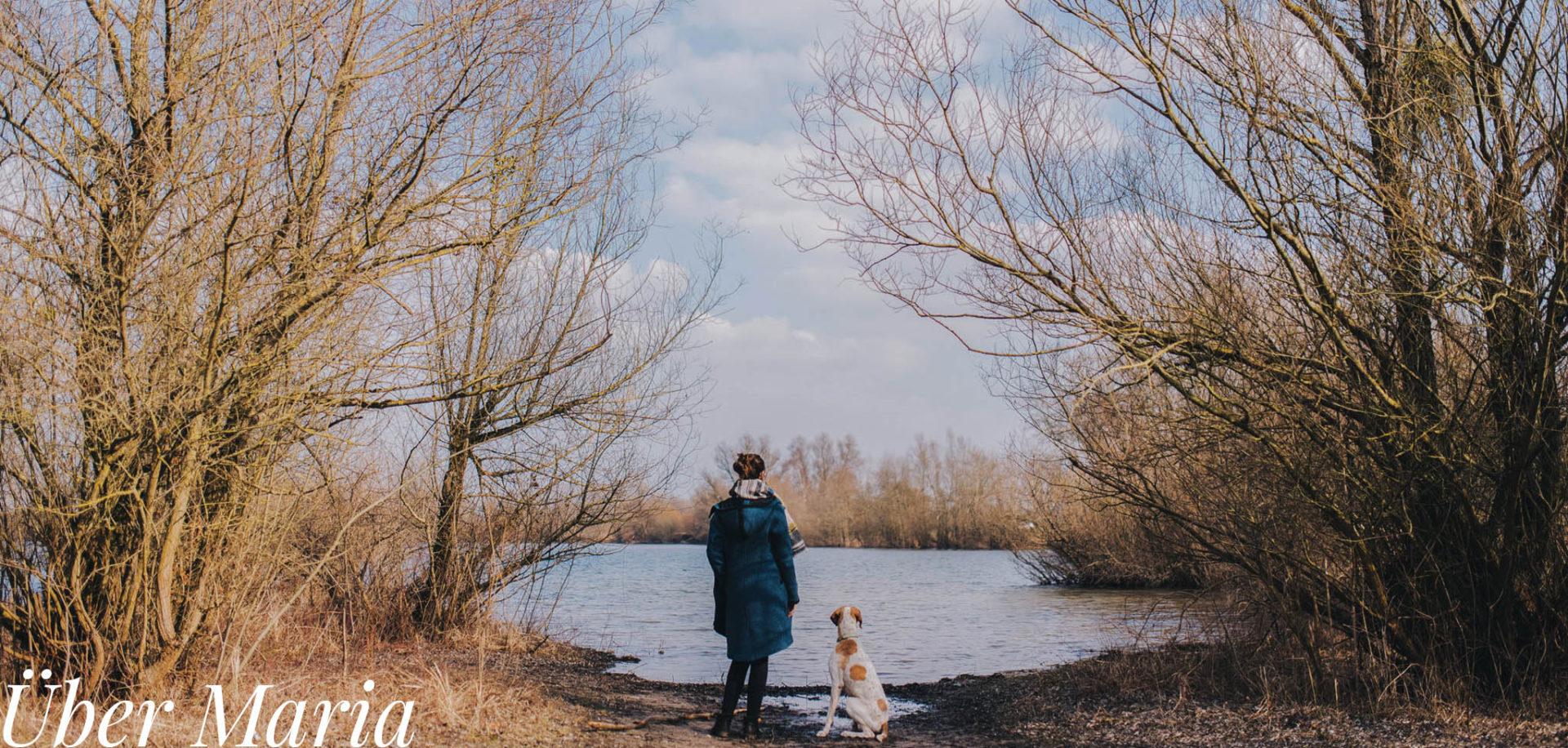 Hochzeitsfotograf stuttgart-heiratend mit Hund-Künstlerische kreative natürliche hochzeitsbieder
