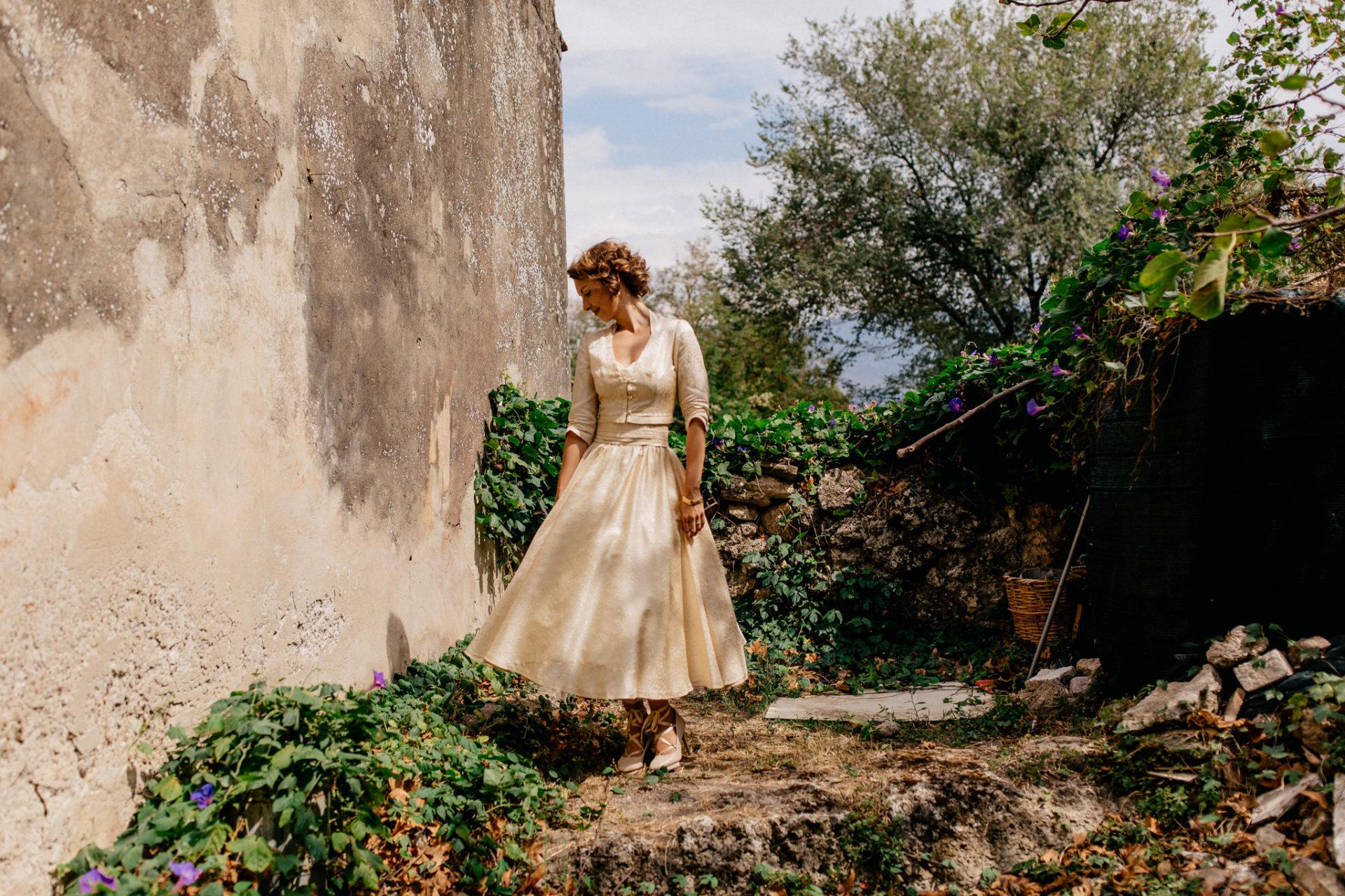 Hochzeitsfotograf Amalfi Küste-heiraten Italien-braut portrait-roccamore schuhe