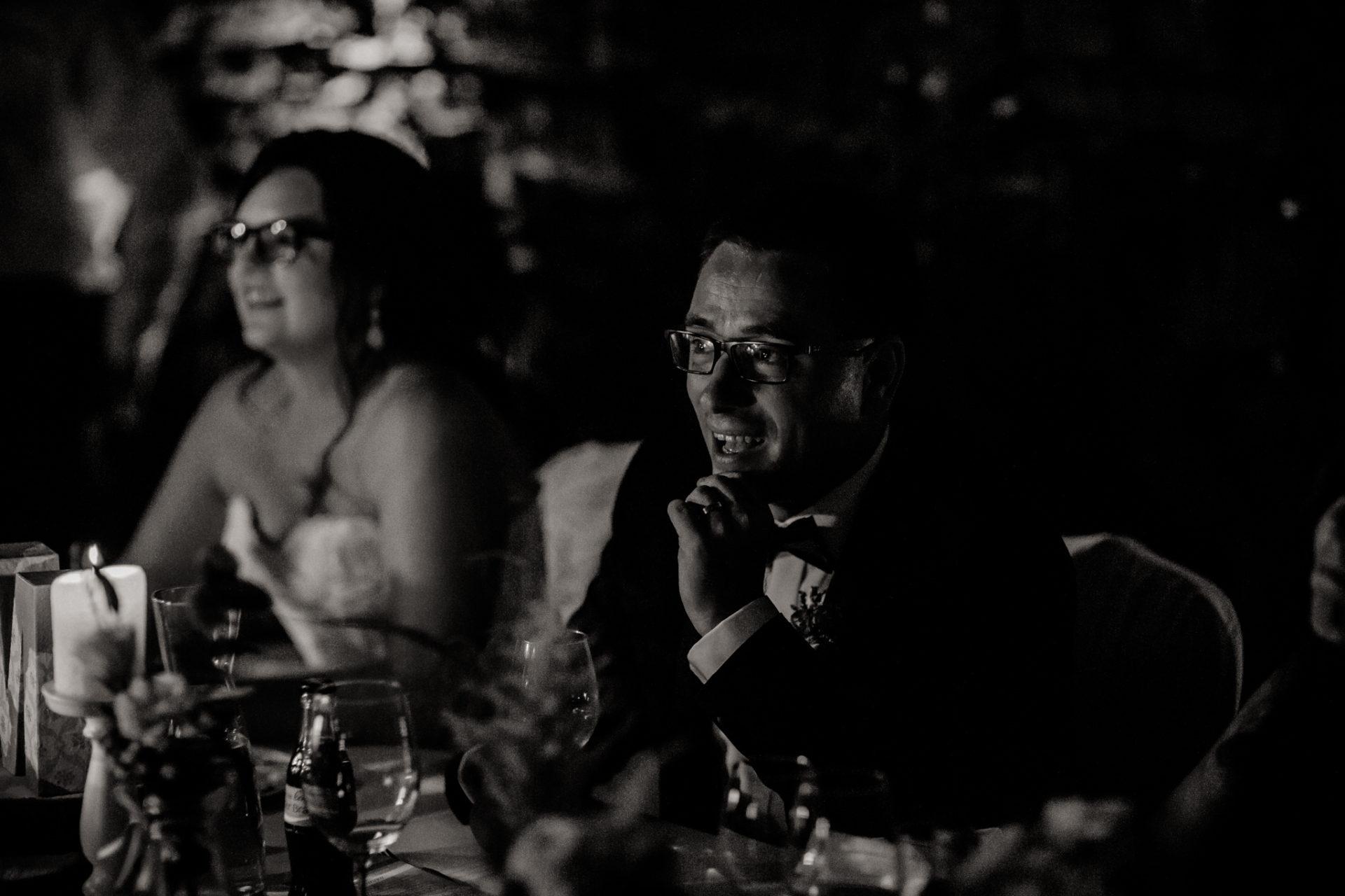 hochzeitsfotograf schloss heinsheim-elegant heiraten-Schafstall Heinsheim-Hochzeit Stuttgart Heilbronn-Hochzeitstanz-DJ Chris Floydd