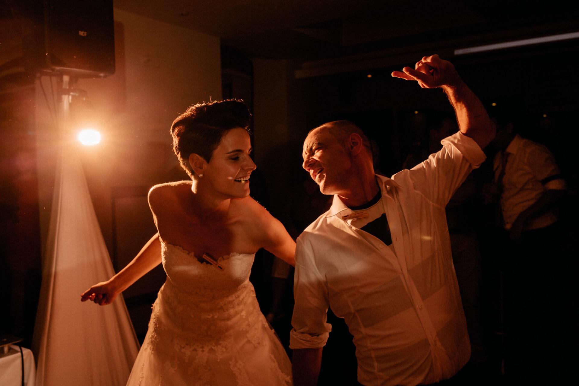 Weingut Fitz Ritter Hochzeitsfotograf-heiraten Pfalz-Sommerhochzeit Braut Party