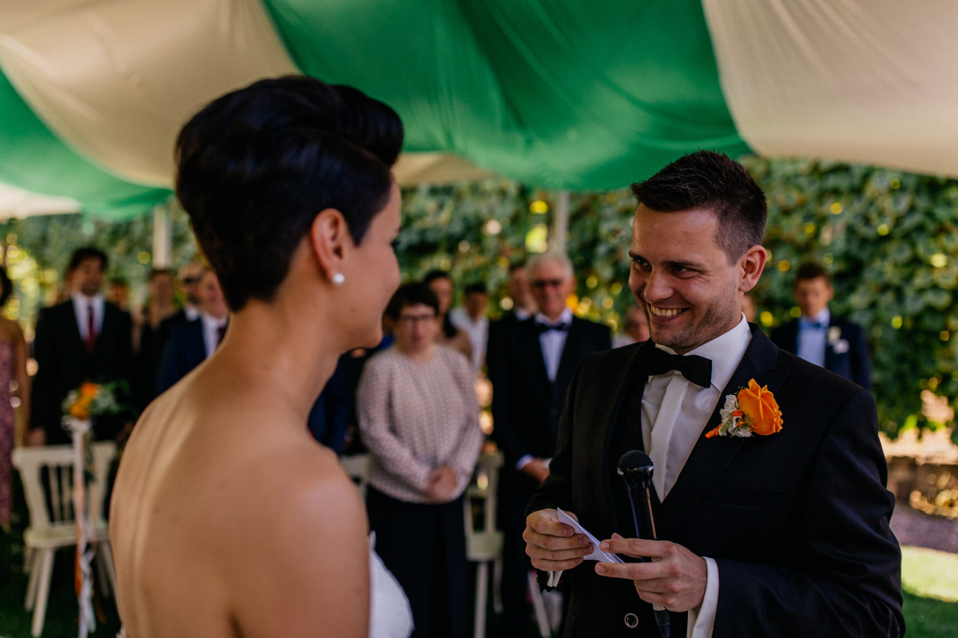 Weingut Fitz Ritter Hochzeitsfotograf-heiraten Pfalz-Sommerhochzeit Freie Trauung Treueeid