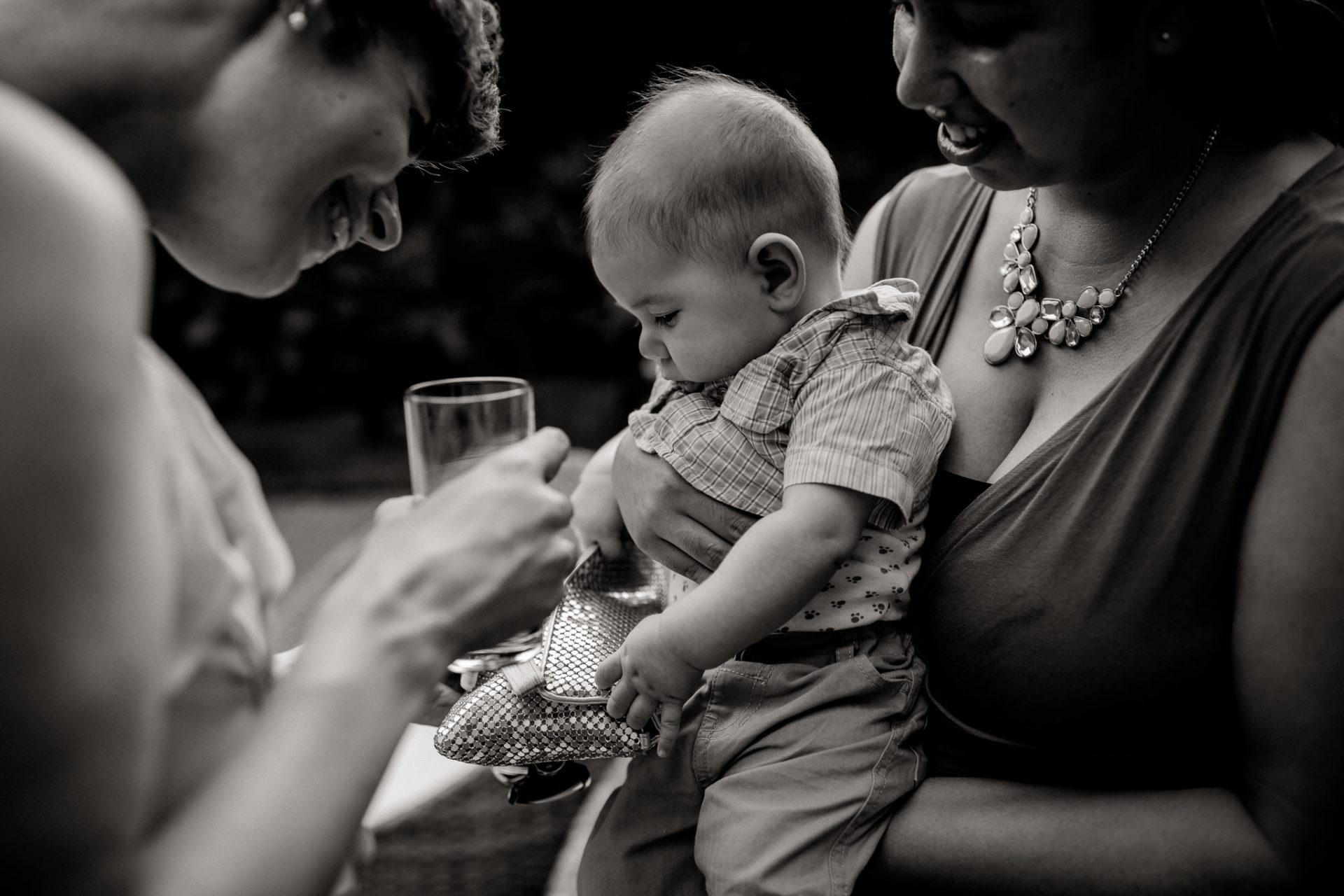 Weingut Fitz Ritter Hochzeitsfotograf-heiraten Pfalz-Sommerhochzeit Baby