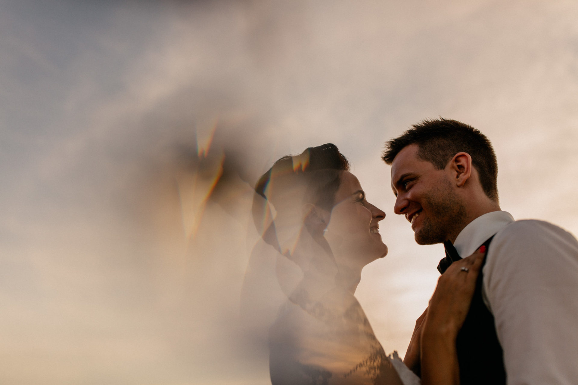 vineyard wedding germany-weingut fitz ritter wedding photographer pfalz bride and groom couple shoot sunset