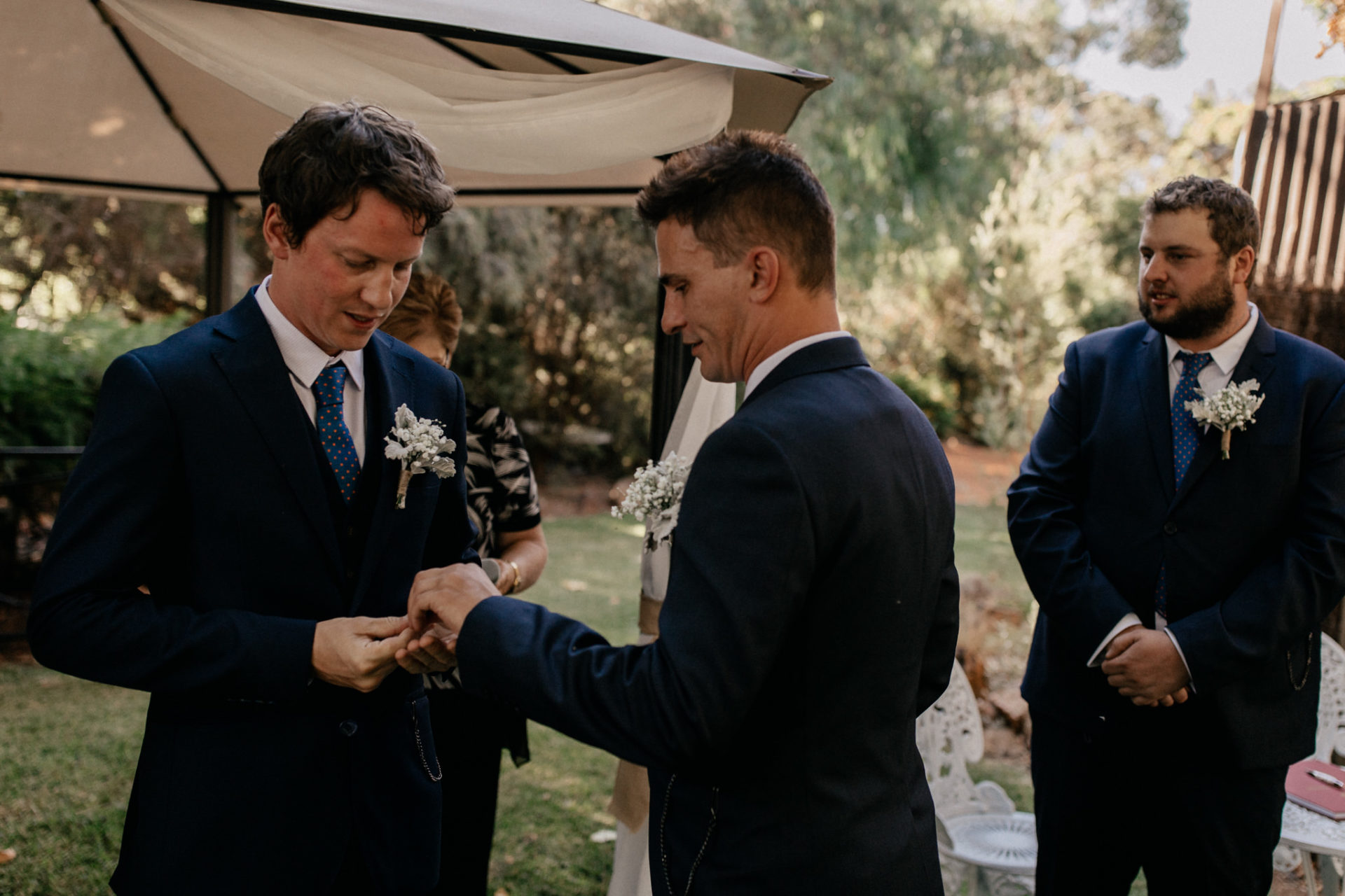 backyard-wedding-australia-melbourne-ceremony-best-man-ring-exchange