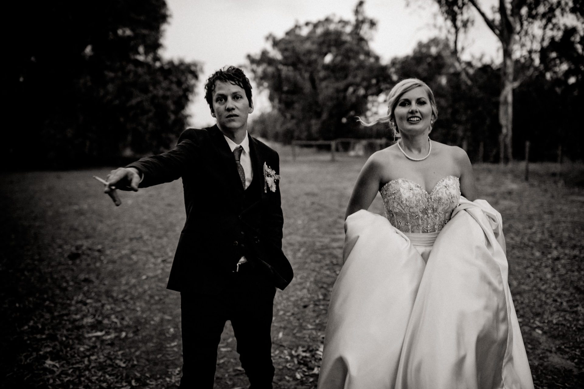 backyard-wedding-australia-melbourne-bride-groom-walking