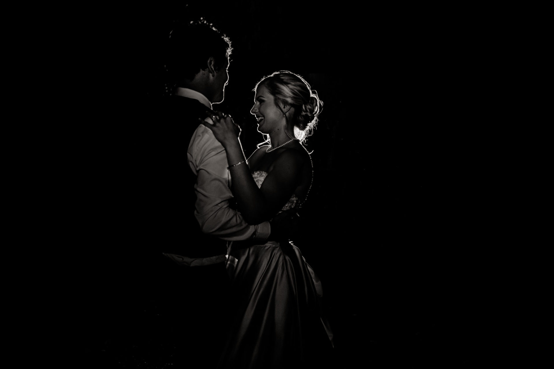 backyard-wedding-australia-melbourne-bride-night-portrait-bride-and-groom-first-dance