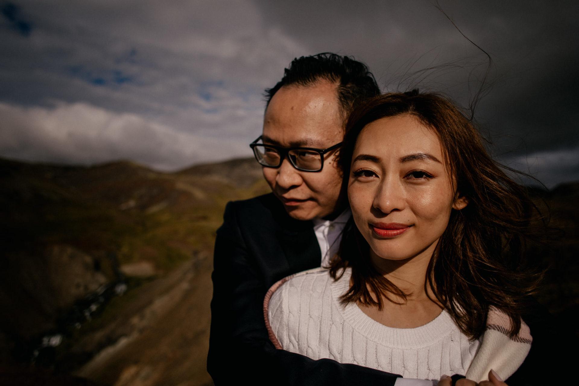 Verlobungsfotos-Island-Abeuteuer-Foto-Session-Wanderung-In Love Session-Abenteuerurlaub