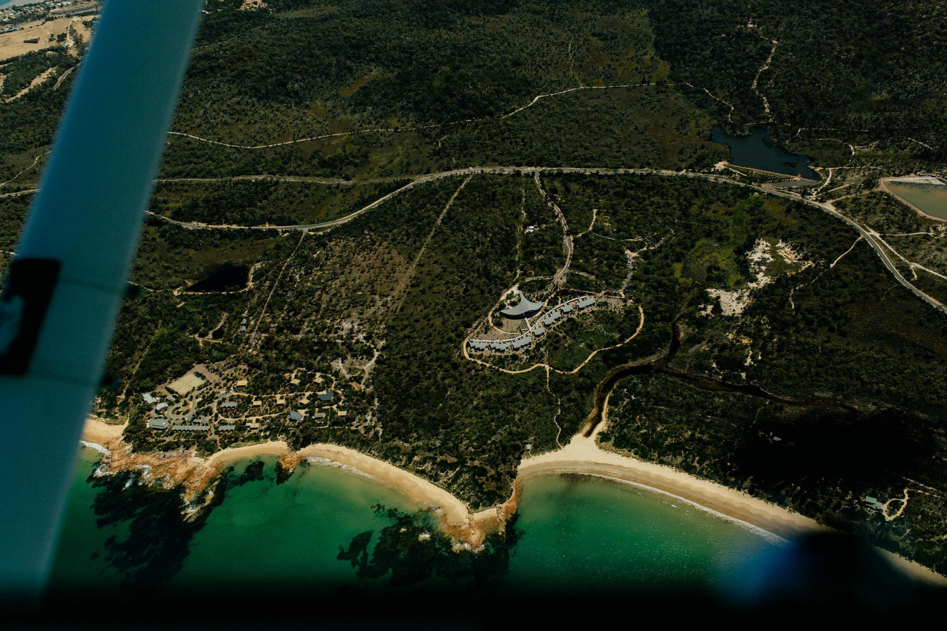 Tasmanien-erleben-roadtrip-rundreise-wunderschöne langschaften-wineglas bay Rundflug-saffire freycinet-